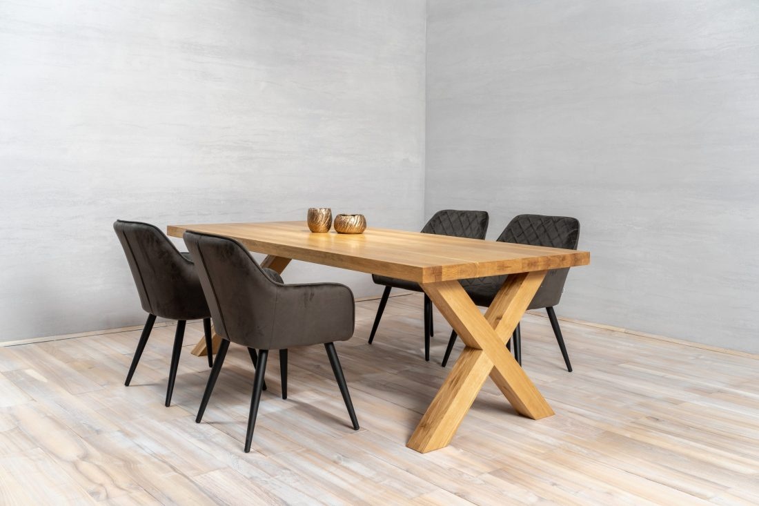 Oak table X shape
